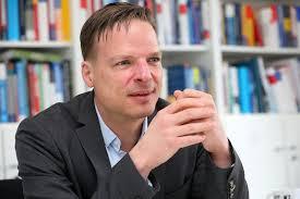 Interview Nachhaltigkeit in der Finanzwirtschaft - Professor Doktor Klein